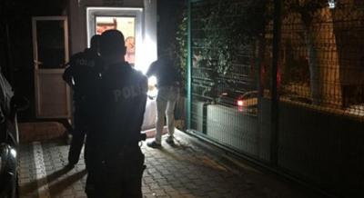 Bağcılar'da komşusunu yaralayan kadın ve eşi gözaltına alındı