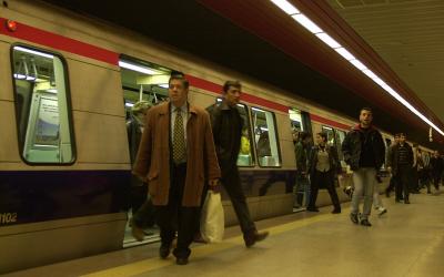 """Bakanlıktan """"metro gelirlerine el konulacak"""" iddialarına ilişkin açıklama"""