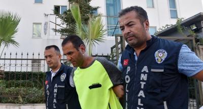 Baldızını 12 yerinden bıçaklayarak öldüren kişi güneşlenirken yakalandı