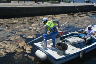 Balıkesir'de 1 tondan fazla çöp toplandı