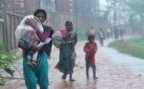 Bangladeş'te kasırga: Yarım milyon kişi tahliye edildi!
