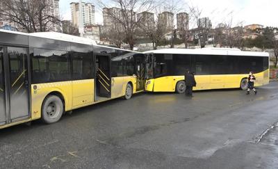 Başakşehir'de İETT otobüsleri çarpıştı: 1 yaralı