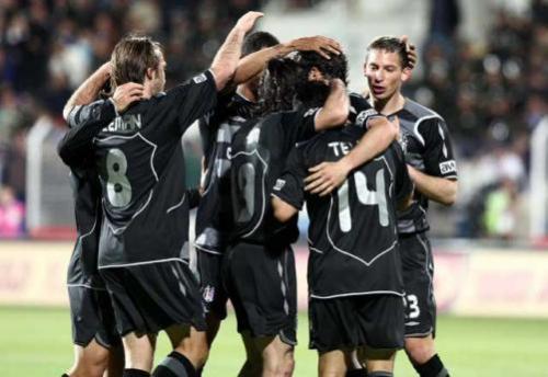 Beşiktaş'ta 2 yıldız oyuncu kadro dışı bırakıldı!