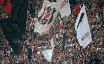 Beşiktaş taraftarından dünyada bir ilk: Sessiz tezahürat