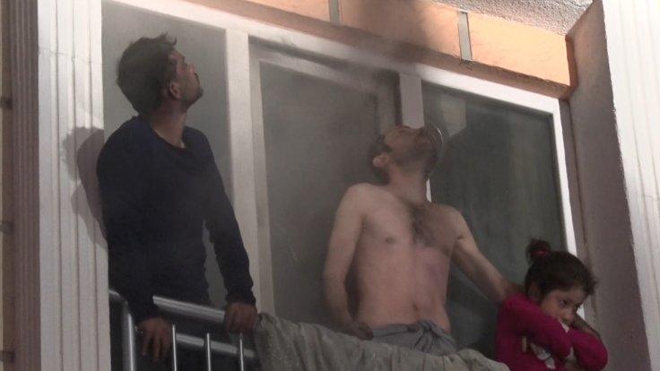 Beylikdüzü'nde yangın! 10 kişiyi itfaiye kurtardı