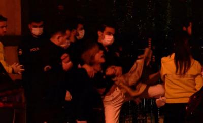 Beyoğlu'nda bir kadın, tartıştığı sevgilisini bıçakladı