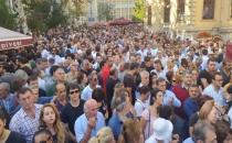 Binlerce insan Tarık Akan'ı uğurladı!