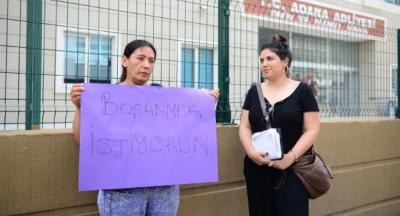 Boşanmak istediği eşine çantayla vuran kadın tutuklandı