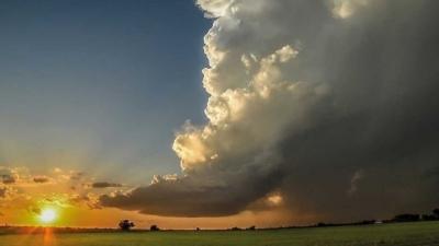 Bulutlar neden beyaz, tonlarca ağırlıktaki bulutlar nasıl havada asılı kalıyor?