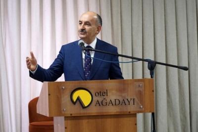 Çalışma ve Sosyal Güvenlik Bakanı: 1300 TL yeterli değil