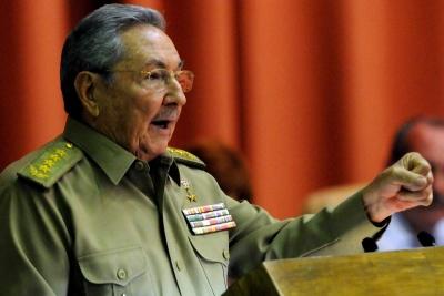 Castro: Küba hiçbir zaman kapitalizme yönelmeyecek