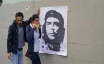 Che posteri asan 5 kişi gözaltına alındı!