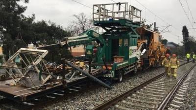 CHP'li Şeker: Trenlerin kafa kafaya çarpışması da mı fıtrat?