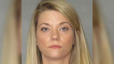 Çocuğu evdeyken 15 yaşındaki öğrencisiyle ilişkiye giren öğretmene hapis!