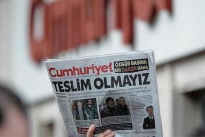 Cumhuriyet gazetesi çalışanları cezaevine giriyor