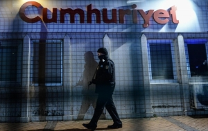 Cumhuriyet Gazetesi'ne operasyon