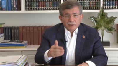 Davutoğlu: Devletler vatandaşına para aktarırken bizde para topluyor