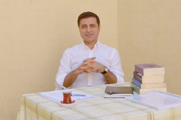 Demirtaş: AİHM kararıyla siyasi rehine pozisyonum hukuken tescillendi