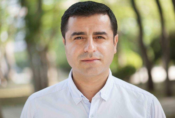 Demirtaş: Batı'da CHP ve İyi Parti'ye rağmen onların adaylarını destekleyeceğiz