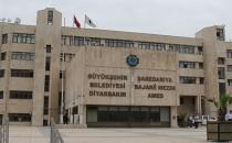 Diyarbakır Büyükşehir Belediyesi'ndeki Kürtçe tabela kaldırıldı