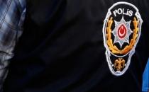 Diyarbakır'da bir polis evinde başında vurulmuş halde bulundu