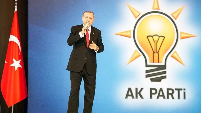Doç. Dr. Ümit Akçay: AKP için bir yol ayrımı geliyor