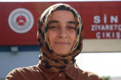 'Dulmuşsunuz' denilince AKP'den adaylığını çeken Rukiye Dağ: AKP'ye oy vermeyeceğim