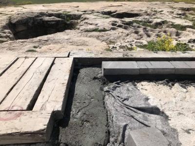 Dünyanın en eski tapınağı Göbeklitepe'ye beton döktüler