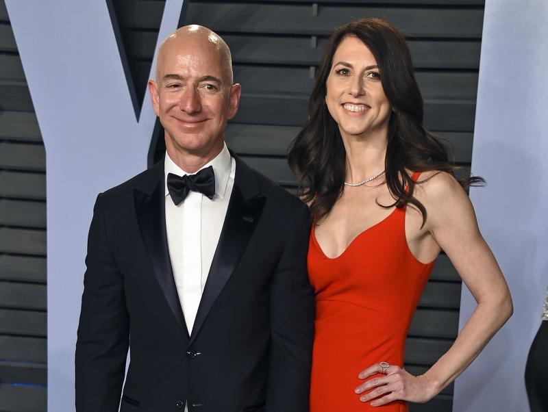 Dünyanın en zengin insanı Jeff Bezos'dan boşandığı eşine 80 ülkenin milli gelirinden fazla nafaka