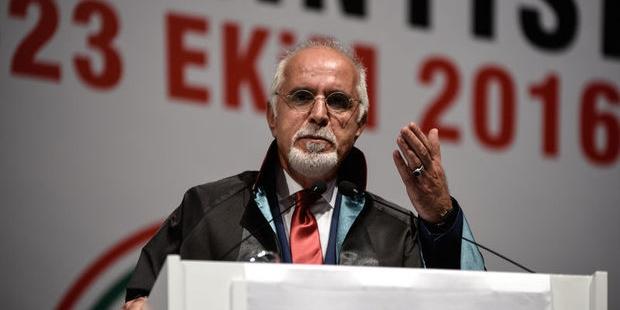 Durakoğlu: Erdoğan ve Yargıtay mesajı almazsa başka protestolar gelebilir