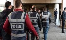 Ege Üniversitesi'nde 11 akademisyen gözaltına alındı!