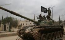 El Nusra, Cisr eş Şuğur'u ele geçirdi iddiası!