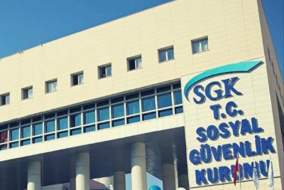 Emeklilerin maaşlarından kesinti yapılacağı iddiaları üzerine SGK'dan açıklama
