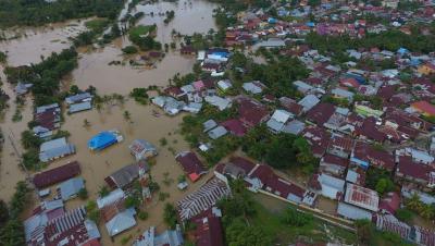 Endonezya'da ölenlerin sayısı 31'e yükseldi
