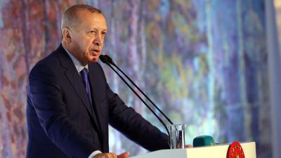 Erdoğan: Müslümanlar kendi aralarında zekâtı verecek olsa İslam ülkelerinde fakir kalmaz