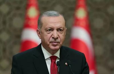 Erdoğan: Tanka yumruk, savaş uçağına levye fırlatan, namluya alnını dayayan bir milletin önünde kim durabilir?