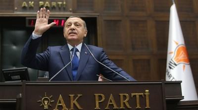 Erdoğan'dan CHP'li Özel'e: El kol hareketini Cumhurbaşkanı'na yapamazsın