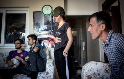 Eski erkek arkadaşı tarafından yüzüne asit atılan Berfin Özek: Bu benim yüzüm değil toplumumuzun utancının yüzü