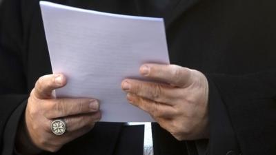 Eski Vatikan diplomatı çocuk pornografisinden suçlu bulundu!