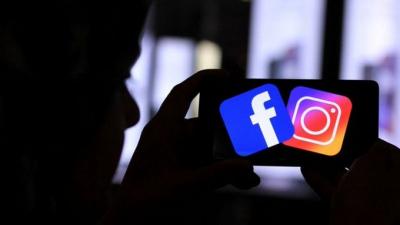 Facebook ve Instagram'a 'Kullanıcıların kameralarını açarak casusluk yapıyor' suçlaması