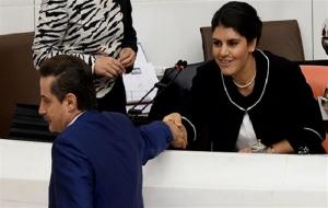 Faruk Çelik, Öcalan'ın yüzüne bakmadı!