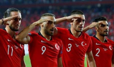 Fransa, asker selamı nedeniyle UEFA'dan Türkiye'ye ceza verilmesini istedi