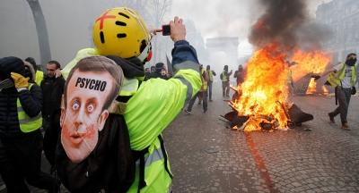 Fransa basını: Sarı Yelekler mağaza ve restoranlara 200 milyon euroluk zarar verdi