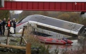 Fransa'da hızlı tren kazası! 10 ölü...