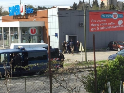 Fransa'da IŞİD müşterileri rehin aldı!