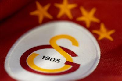 Galatasaray'da 3 oyuncunun koronavirüs testi pozitif çıktı