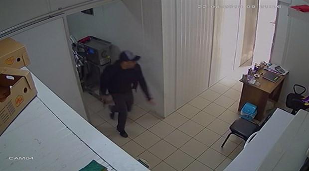 Gaziosmanpaşa'da köfteciye silahlı saldırı