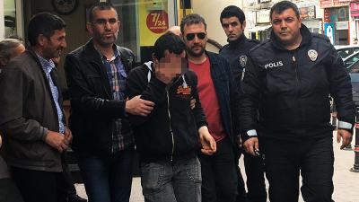 Genç kadını taciz ettiği iddia edilen kişi taksi durağında darp edildi