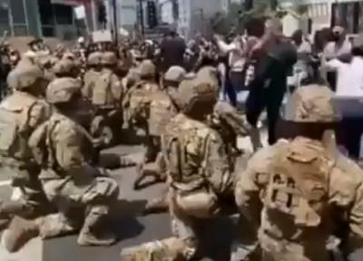 George Floyd eylemlerinde 8 gün: Asker eylemcilerin önünde diz çöktü