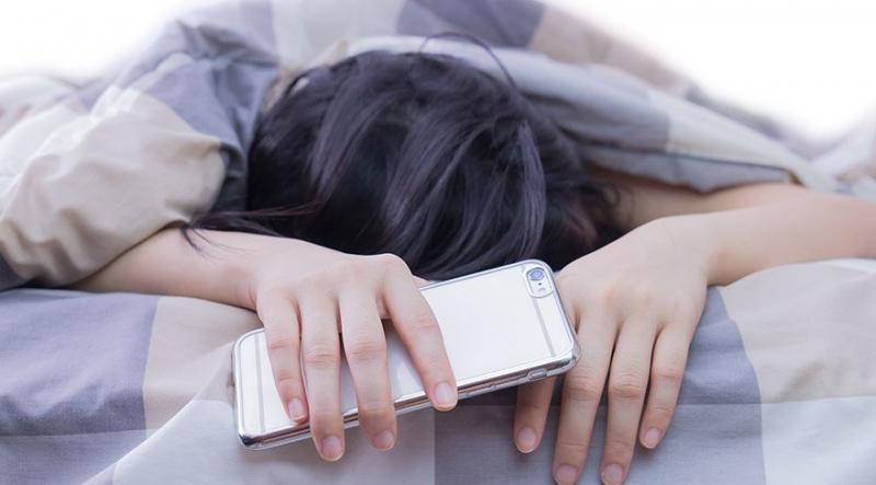 Google: Telefonunuz siz uyurken arkanızdan işler çeviriyor